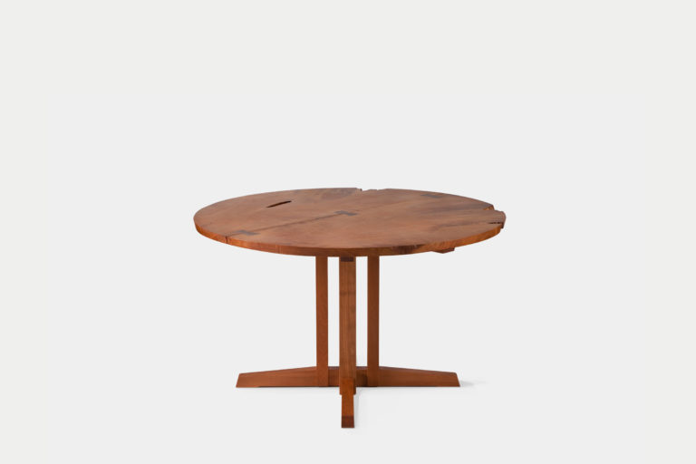 Round Cluster-base Dining Table
